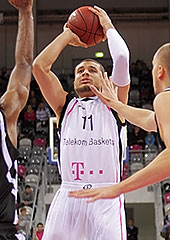 Kyle Weems (Telekom Baskets)